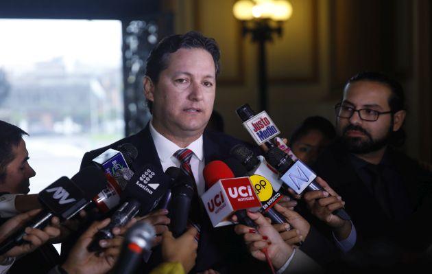 Daniel Salaverry considera que caso de Milagros Salazar debe investigarse