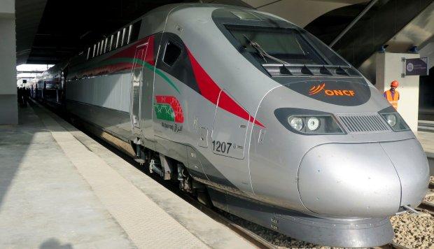 Marruecos presenta su tren de alta velocidad como motor económico del país