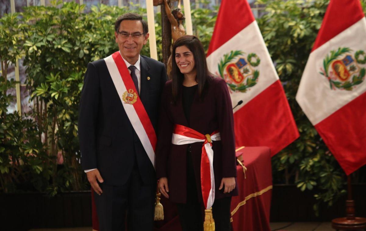 María Antonieta Alva tras jurar como ministra de Economía y Finanzas junto al presidente Martín Vizcarra. (Foto: Rolly Reyna / GEC)