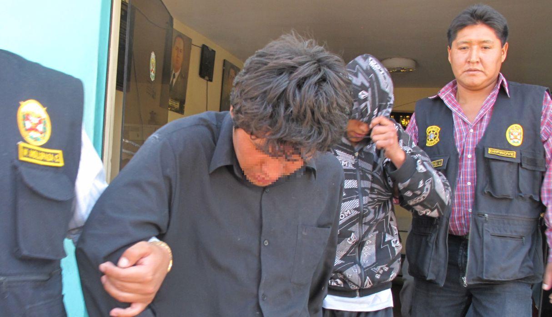 Policía Nacional capturó a dos delincuentes que asaltaron a cambista en Av. Aviación