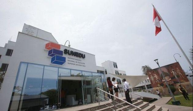 Sunedu aclara a Federación Médica Peruana sobre títulos de segunda especialidad