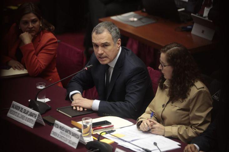 Del Solar plantea que propuestas de paridad y elecciones internas se debatan por separado