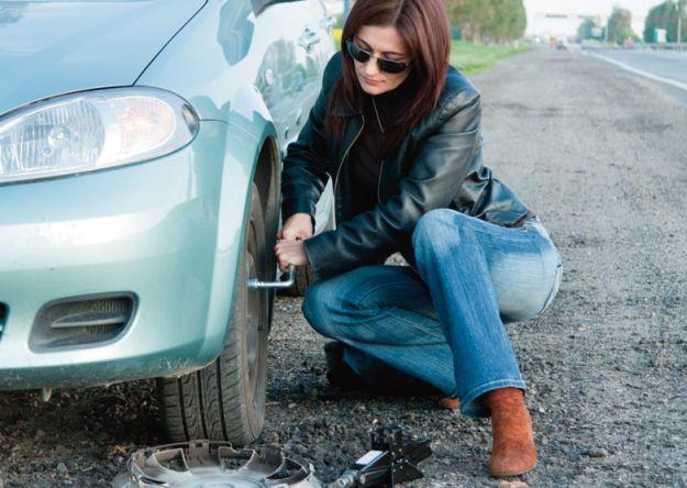 Mujeres al volante: Tips básicos sobre llantas