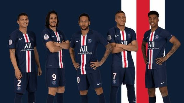 Neymar y Kylian Mbappé lucen la nueva camiseta de PSG para la temporada 2019-20