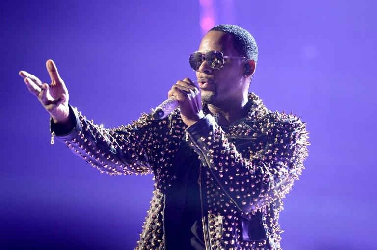 R. Kelly reaparece en redes sociales para enviarle un mensaje a su hija   VIDEO