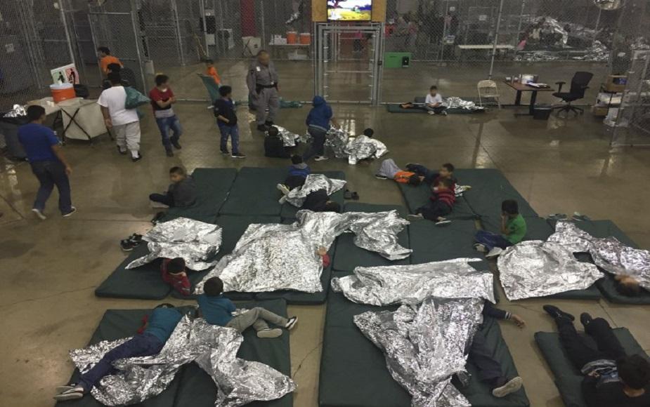 Estados Unidos: Así son las jaulas donde llevan a los niños hijos de inmigrantes