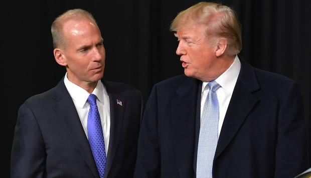Trump y el presidente de Boeing hablaron sobre el accidente del 737 MAX