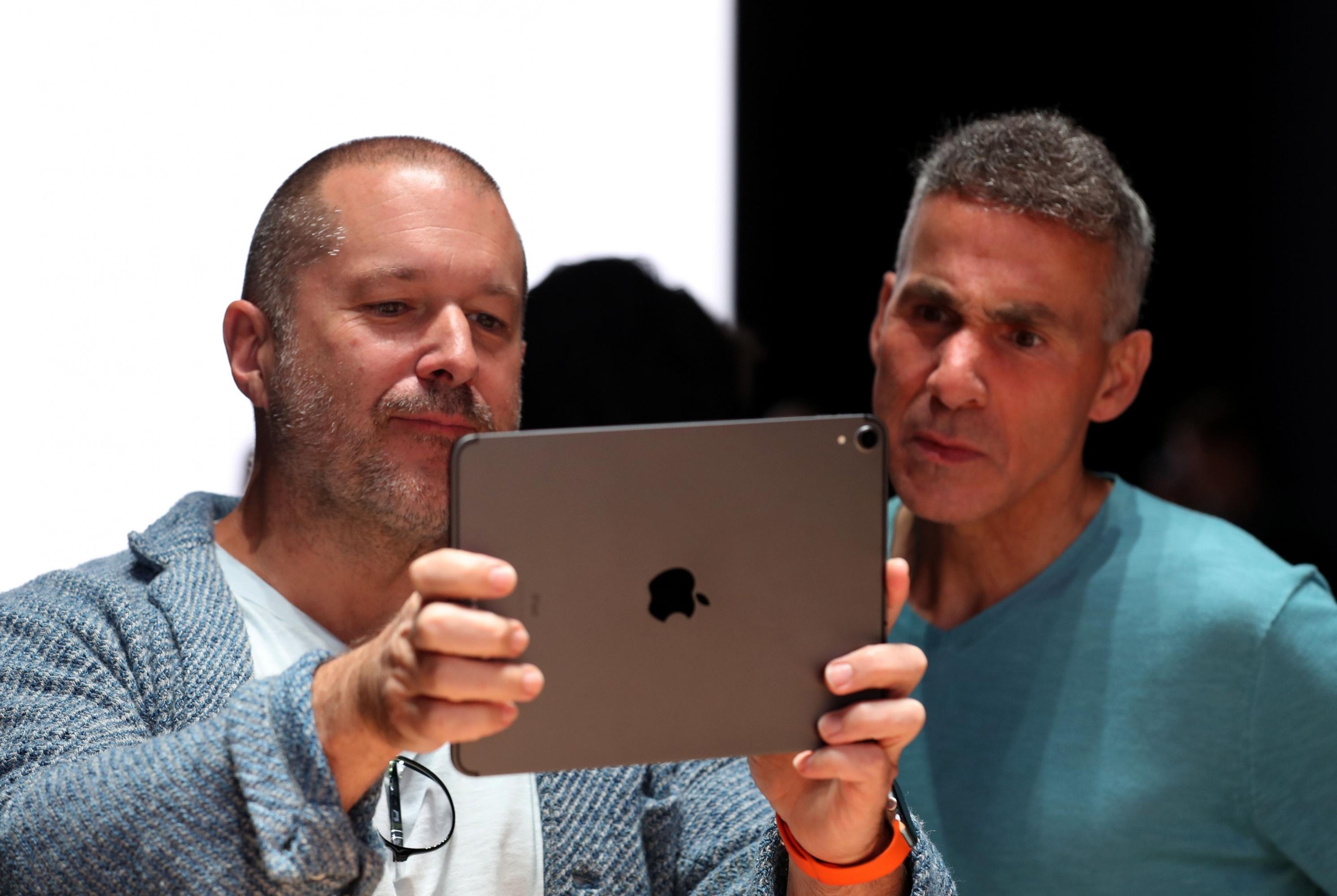 El veterano jefe de diseño de Apple, que dio forma al iPhone, deja la empresa