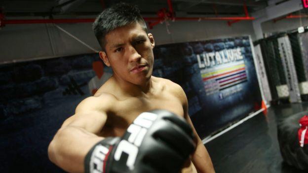 UFC Fight Night: Enrique Barzola perdió por decisión unánime ante Kevin Aguilar en Filadelfia