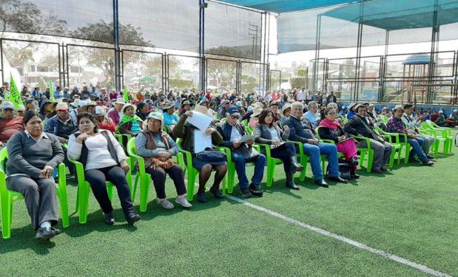 Moradores del valle de Tambo exigen presencia del presidente Martín Vizcarra en la zona - El Comercio - Perú