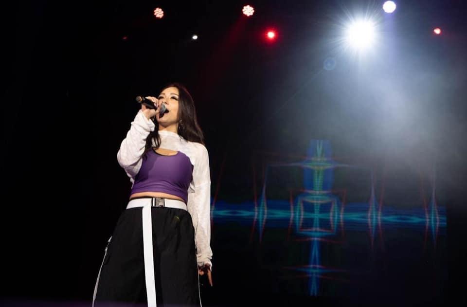 Janice, la cantante revelación de la fusión urbana hip hop lanza 'Tiempo'