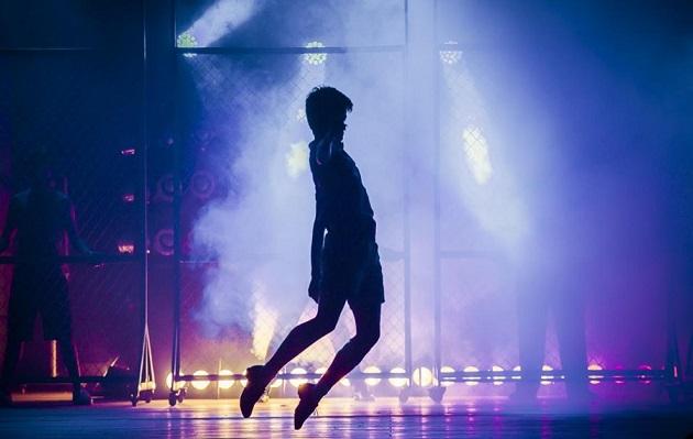 Niño del elenco de Billy Elliot sufre insulto homofóbico en plena función