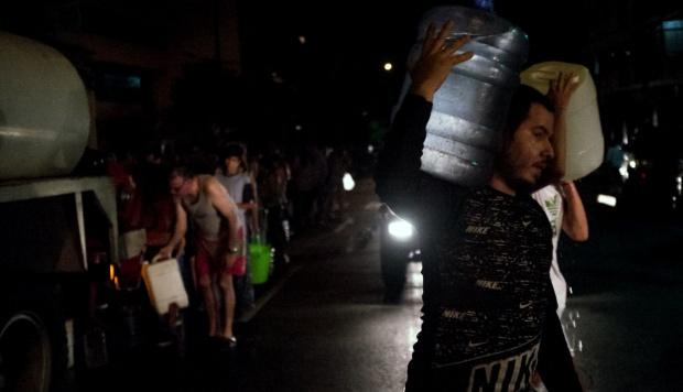 Estados Unidos toma acciones contra dos allegados a Maduro por apagones