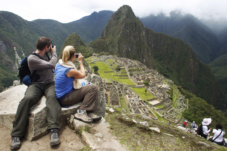 Cusco: limitan acceso a turistas en tres sectores más delicados de Machu Picchu