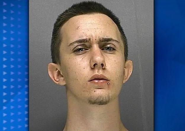 Joven es arrestado por llamar al 911 para decir que sus sueños son reales