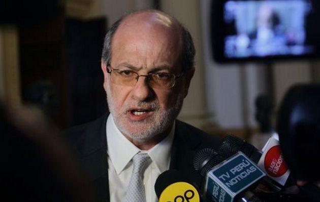 Daniel Abugattas: Sí hay lobbies en este gobierno