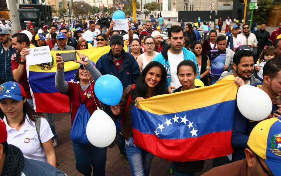 Hay 25 mil venezolanos en situación migratoria irregular en el Perú