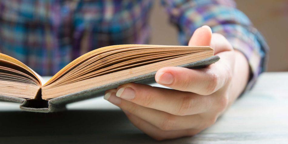 Leer nos ayuda a organizar mejor nuestras ideas para transmitirlas a las demás personas. (Foto: MorgueFile)
