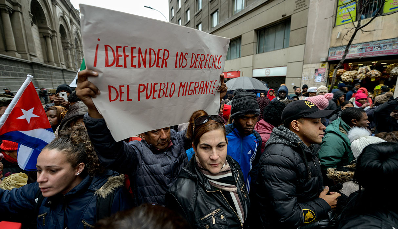 Chile: cientos de inmigrantes protestan en Santiago por nuevas leyes migratorias