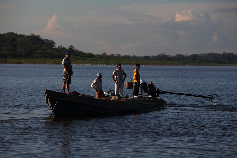 Los paseos en bote la práctica de deportes acuáticos son las actividades que puedes realizar en las mansas aguas de la región. (Foto: GEC)