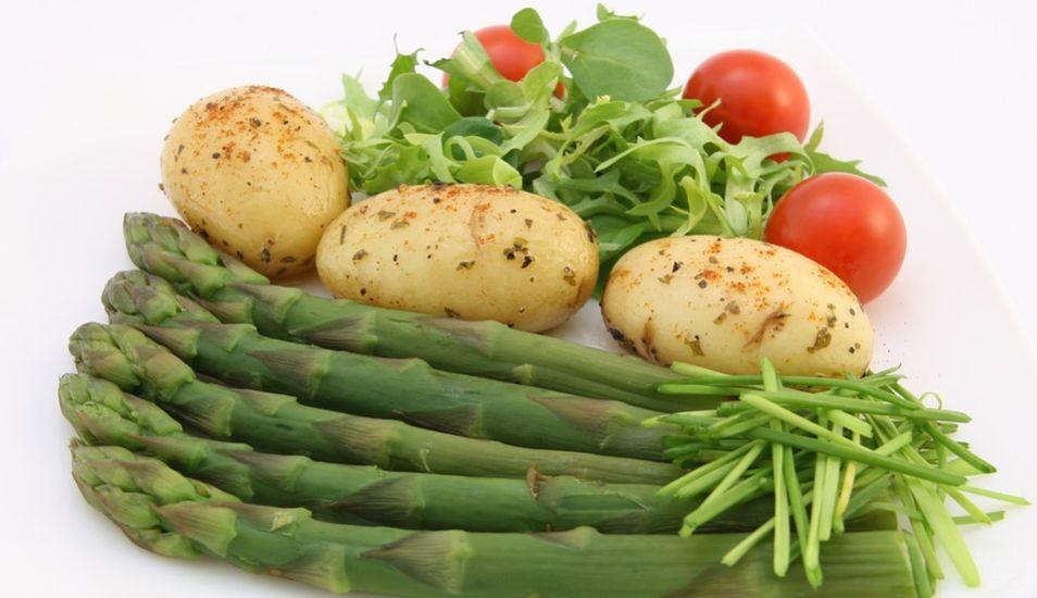 Hay algunos alimentos que ayudan a disminuir los triglicéridos altos. (Foto: Pixabay)