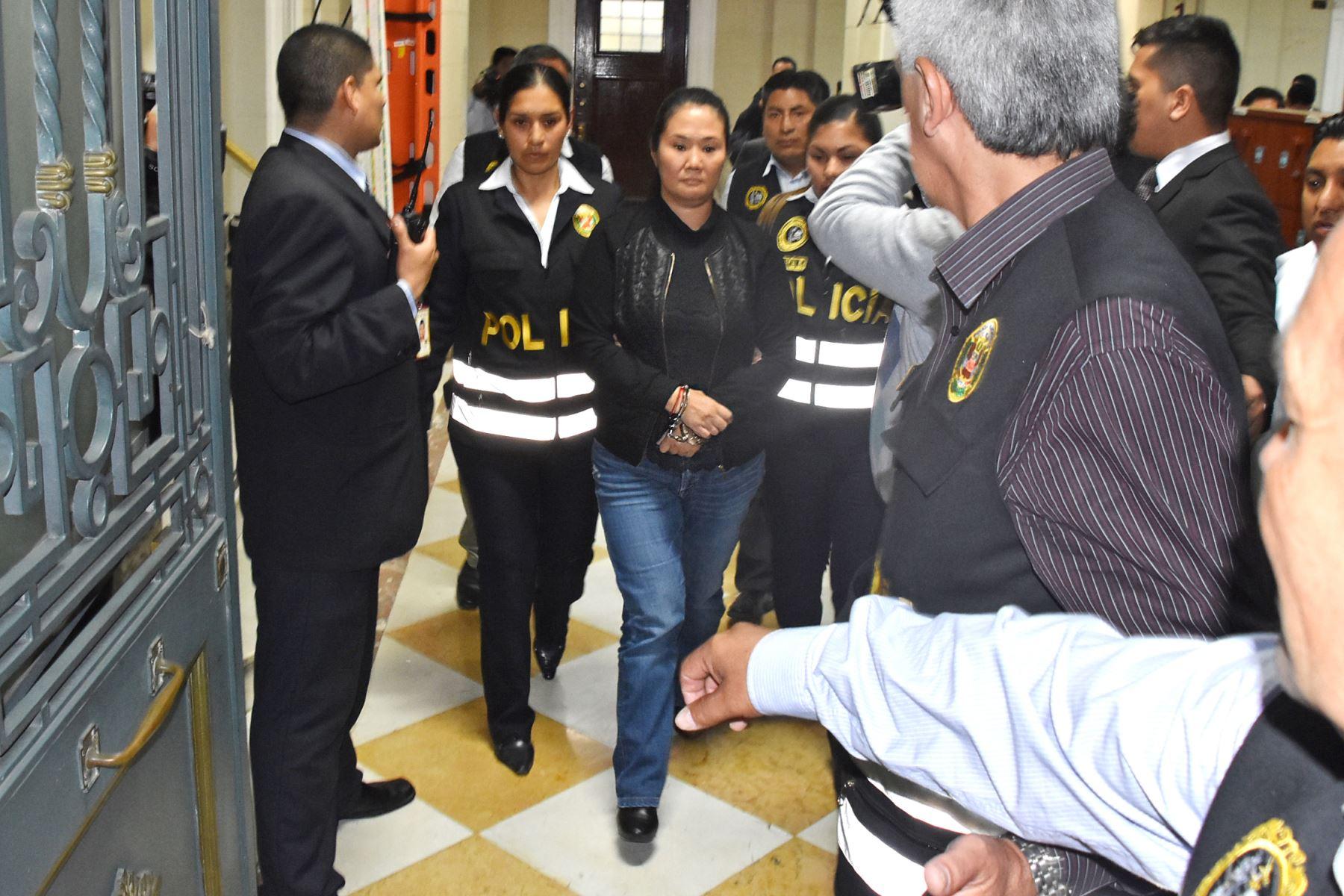 Keiko Fujimori: Espero que instancias superiores corrijan irregularidades