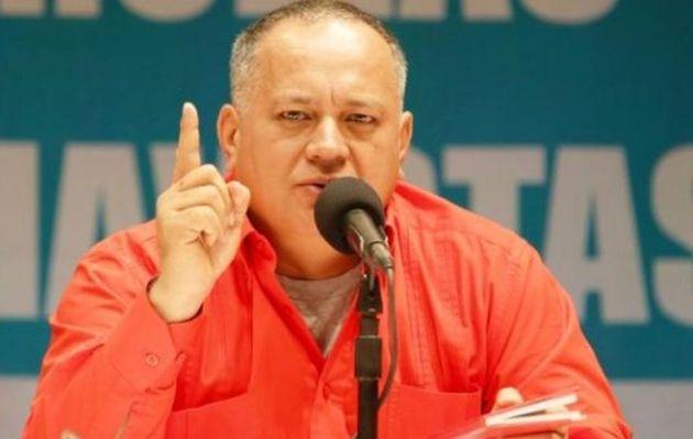 Venezuela: Diosdado Cabello dice que compatriotas emigran por moda y estatus