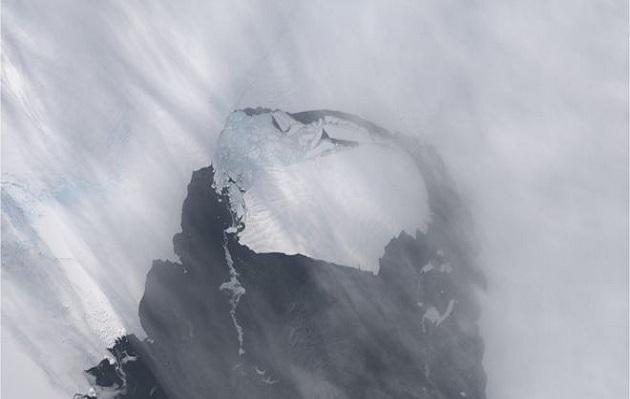 Antártida: pérdida de altura en glaciares llega hasta 7 metros por año