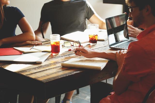 MEF presenta proyecto al Congreso y plantea que la SMV regule financiamiento para emprendimientos