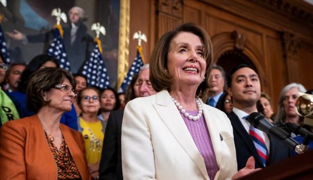 Cámara Baja de Estados Unidos aprueba ley para dar ciudadanía a 2,5 millones de inmigrantes