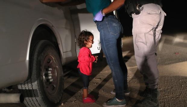 Por qué esta foto de una niña es considerada la mejor del 2018