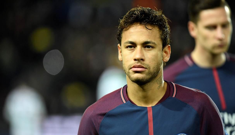 Neymar comunicó a PSG que desea abandonar el club, informa medio brasileño