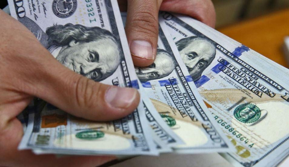 Aunque dentro de Estados Unidos el billete falsificado más común es el de US$20, a nivel mundial es el de US$100. (Foto: Andina)