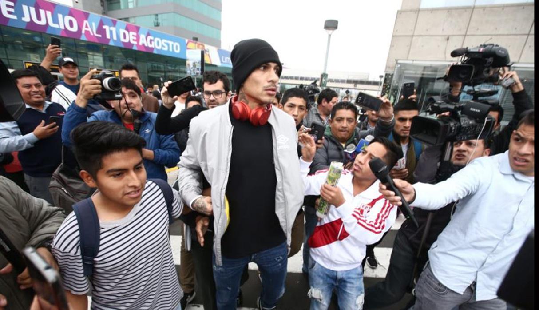 Paolo Guerrero arribó a Lima este lunes. (Foto: Jesús Saucedo/GEC)