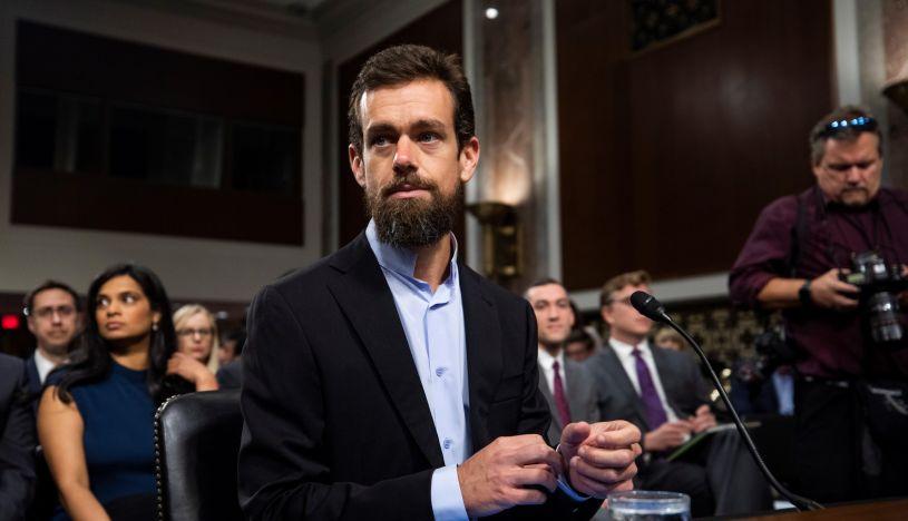 """Twitter ante Senado de EE.UU.: """"Identificamos 10 millones de cuentas falsas a la semana"""""""