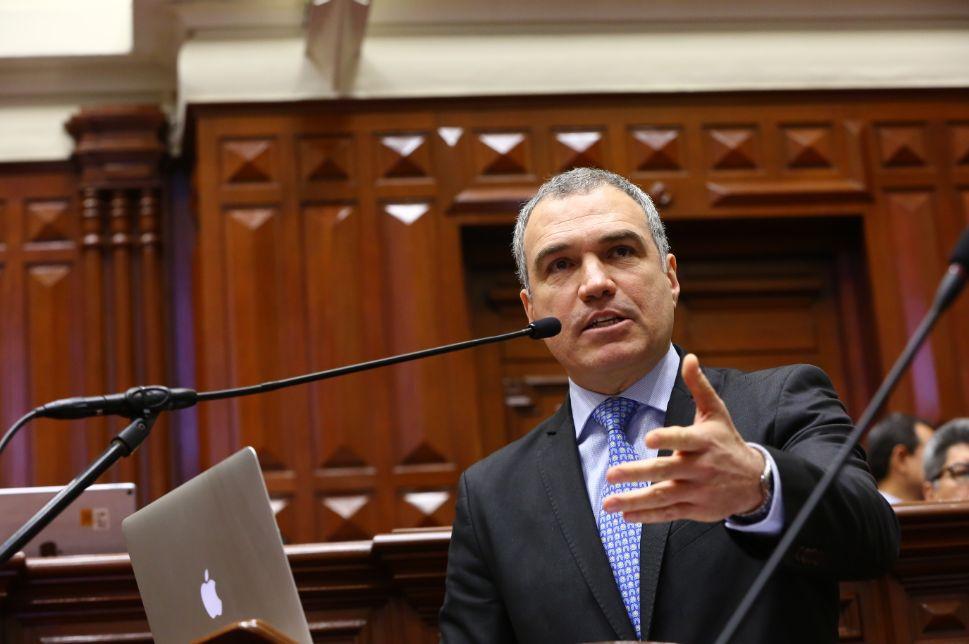 Salvador del Solar se presentará este martes en la Comisión de Constitución