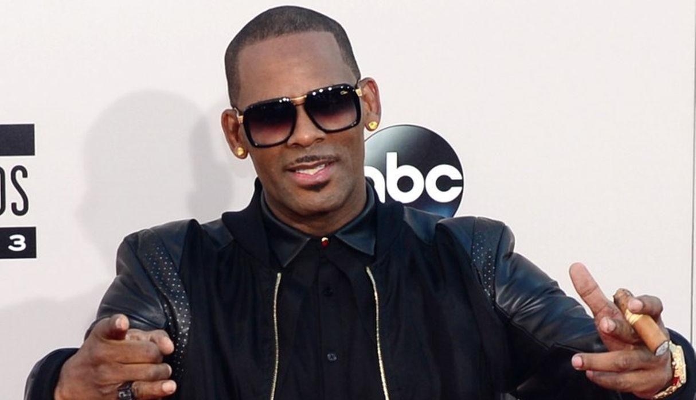 Cantante R. Kelly fue detenido nuevamente debido a  acusaciones por  delitos sexuales