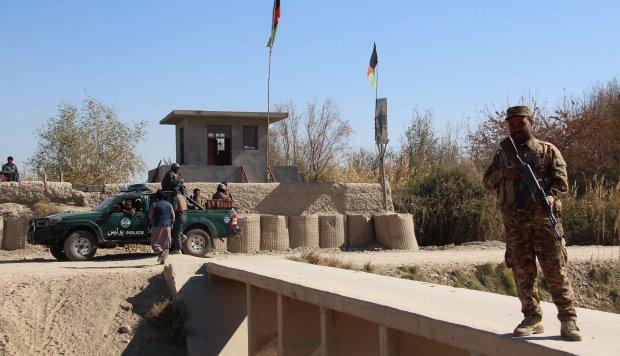EE.UU. y Kabul investigan posibles víctimas civiles en un bombardeo
