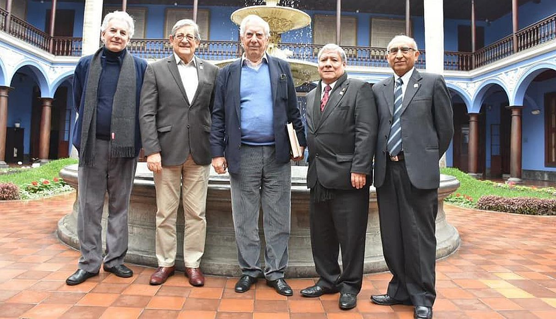 Mario Vargas Llosa ya se encuentra en Lima para la FIL 2019 | FOTOS
