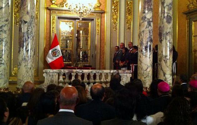 Juramentan nuevos ministros en Palacio de Gobierno