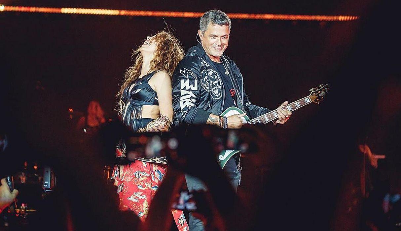 Shakira sorprendió a todos con su aparición en concierto de Alejandro Sanz | FOTOS
