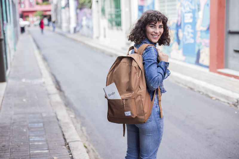 ¿Cómo ganar dinero mientras te vas de viaje?