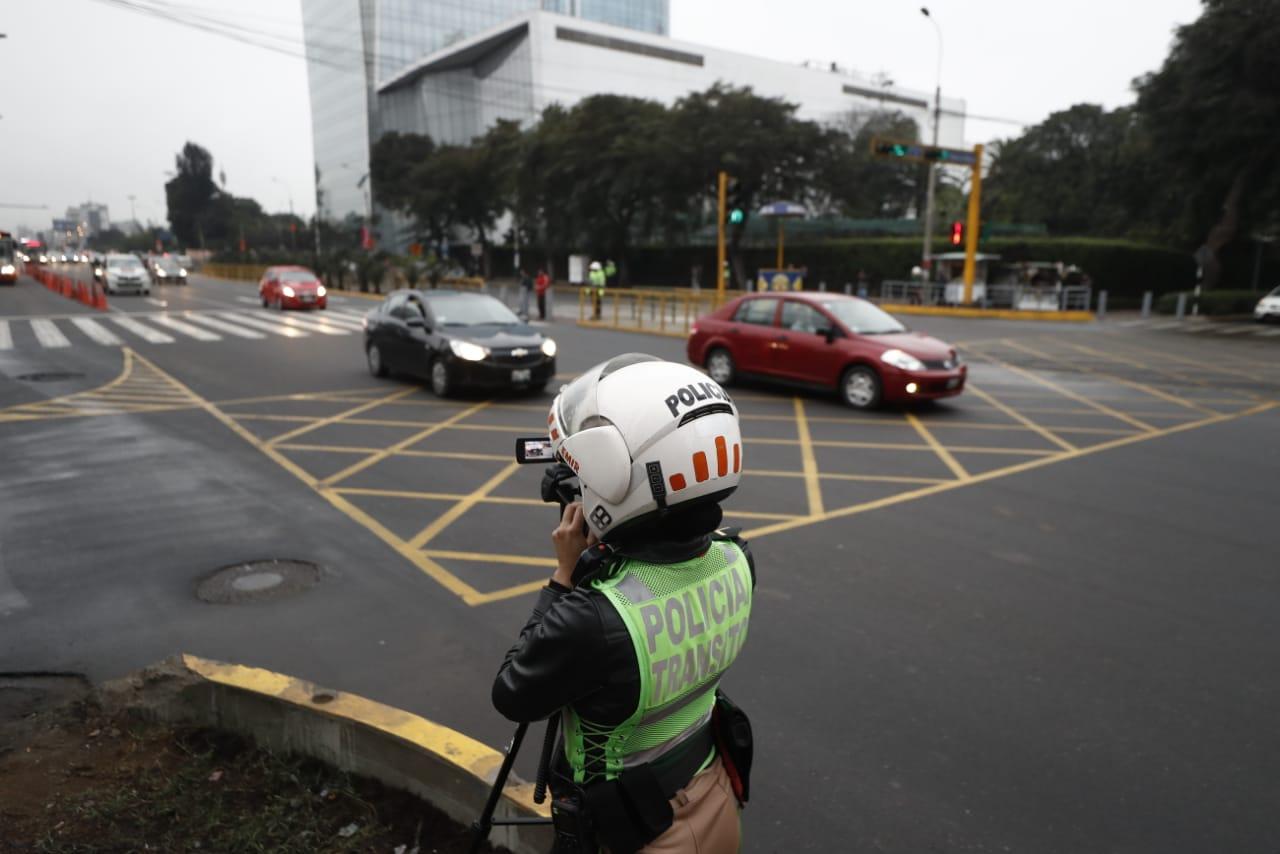 La segunda etapa de 'pico y placa' contempla cuatro ejes viales de la capital, luego que la Municipalidad de Lima dispuso excluir a la avenida Canadá. (Foto: GEC)