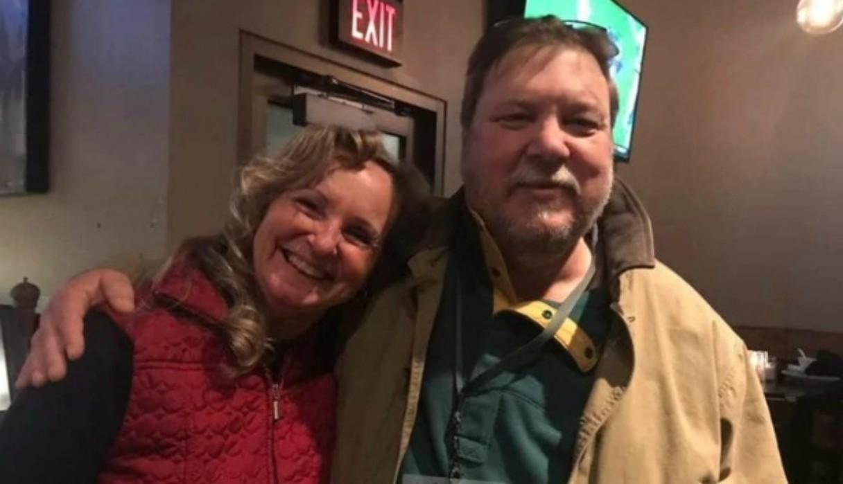 Se divorció de él hace 20 años, pero decide donarle un riñón para salvar su vida