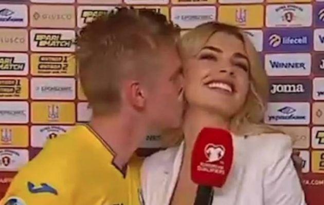 YouTube: futbolista intentó imitar beso de 'Iker a Sara Carbonero', pero...