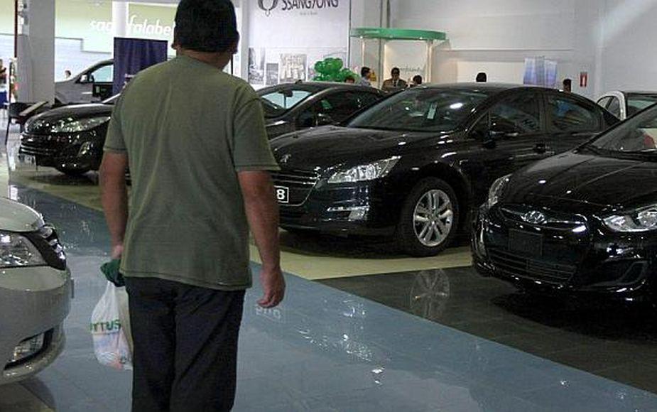 Venta de vehículos cayó 23% en agosto, según cifras de la AAP