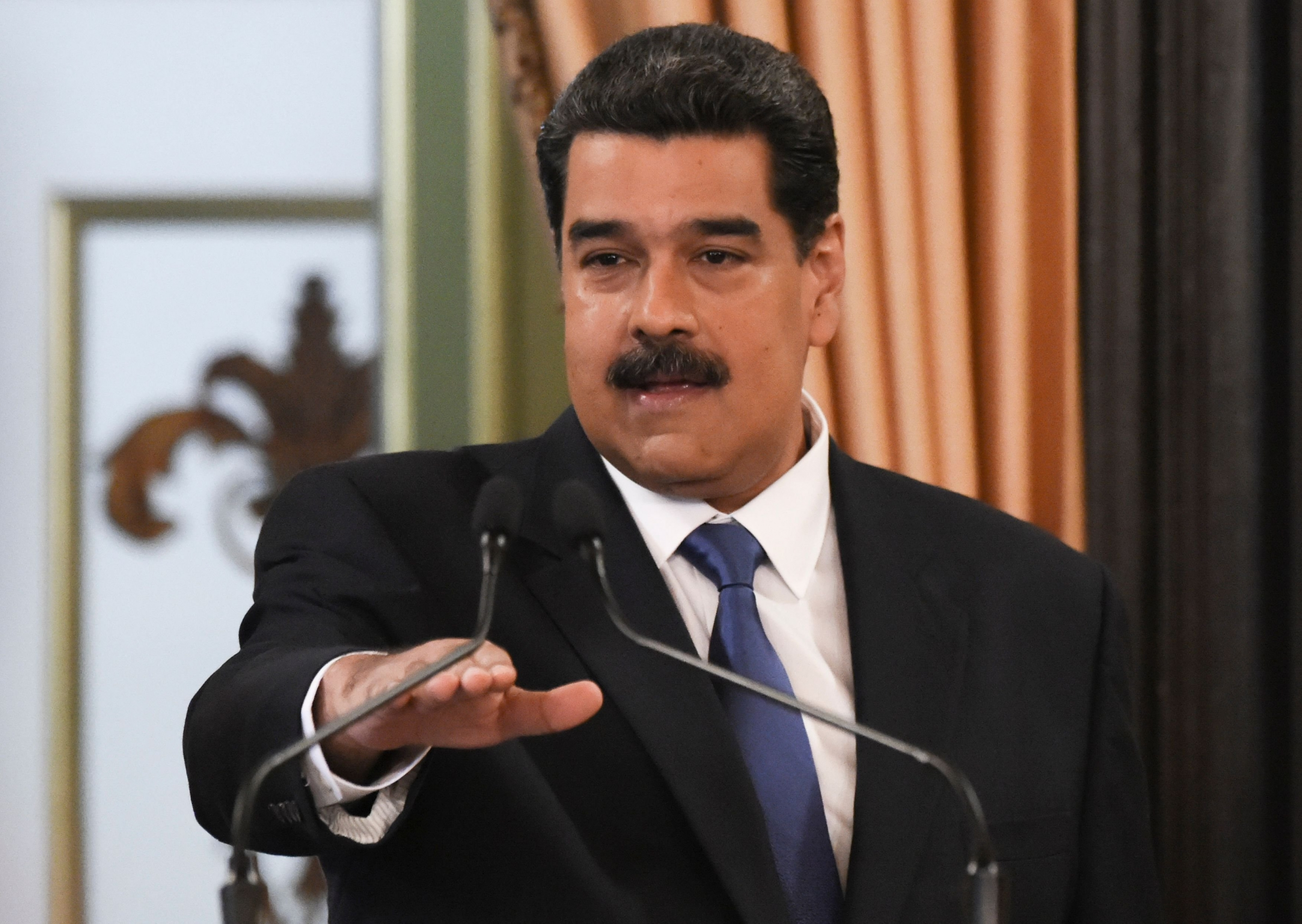 Gobierno de Maduro pide apoyo en la ONU contra eventual intervención armada