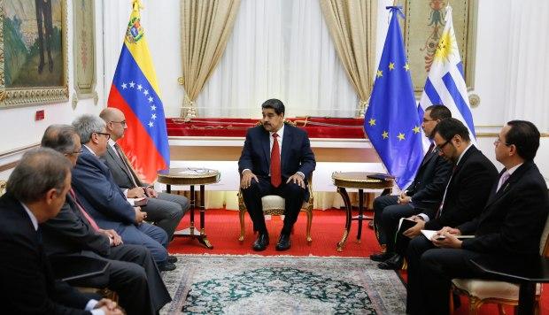 Maduro se reúne con misión de grupo internacional de contacto en Caracas