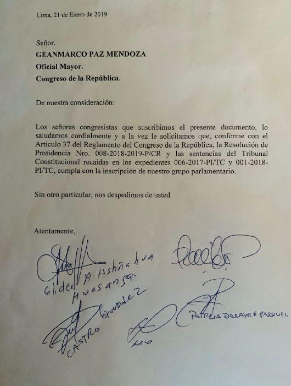 Oficio que pide la inscripción de Unidos por la República. (Foto: Twitter)