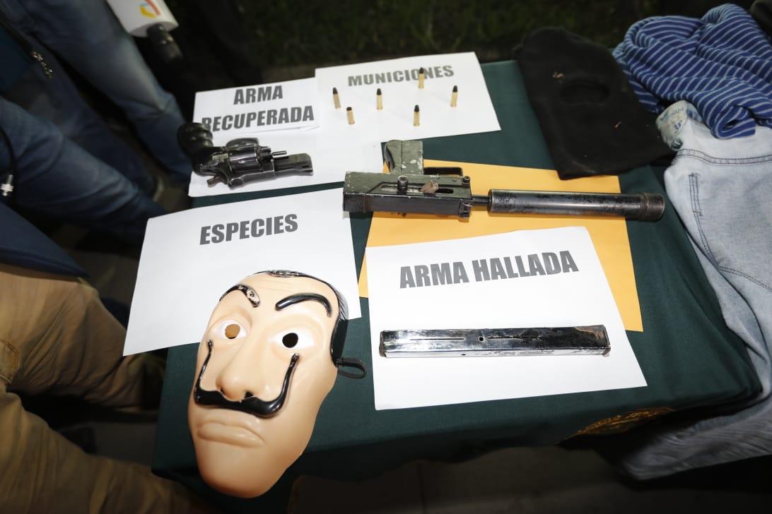 Delincuentes usaron máscara de serie 'La casa de papel' para robar agencia bancaria en Lima